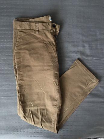 Spodnie 44