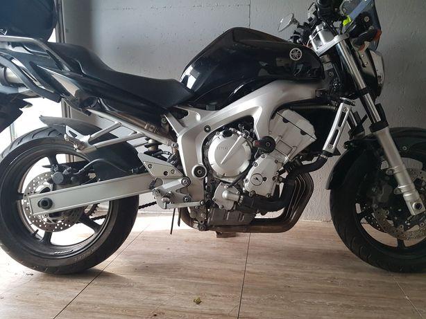 Yamaha FZ6N 2005