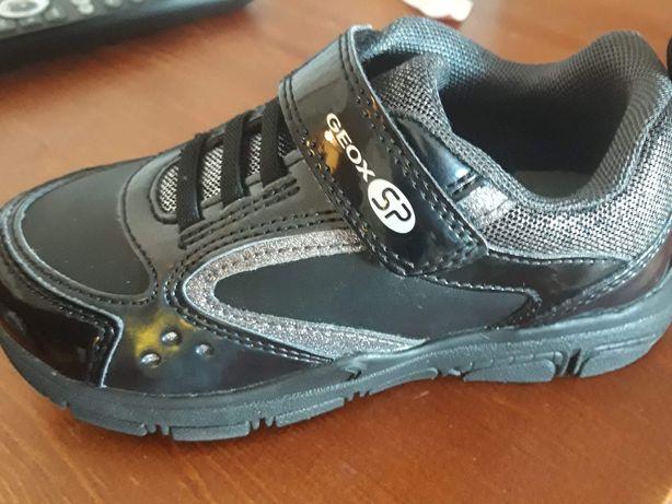 Nowe buty geox r28 piękne świecące