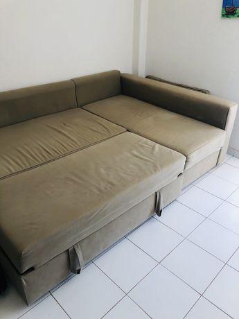 Sofá-cama ikea, com chaise longue e box arrumacao