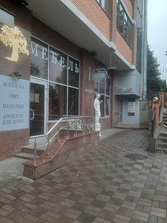 Аренда офисного помещения,1 этаж. Дворец Украина