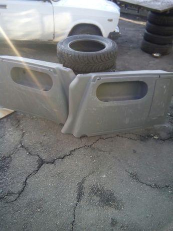 Volkswagen cadi боковини багажника