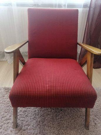 Sprzedam fotel PRL lisek
