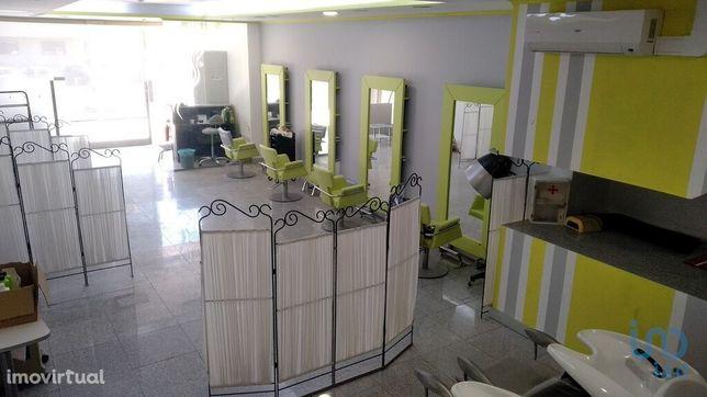 Loja - 169 m²