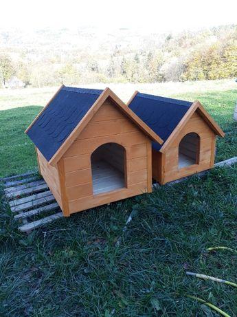 Solidne drewniane budy dla psów