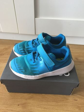 Nike buty sportowe chłopięce r.26