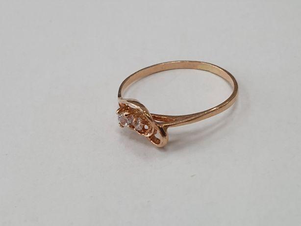 Skromny złoty pierścionek damski/ 585/ 0.8 gram/ R11/ Świętojańska 40