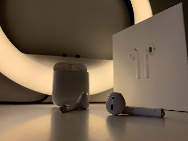 Apple AirPods 2 поколение