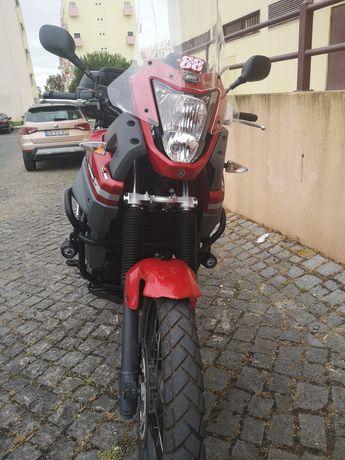 Vendo Yamaha Ténéré XT660Z (RESERVADA)