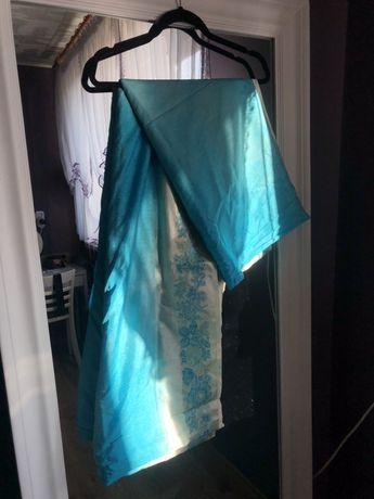Piękne indyjskie saree bogato zdobiony material sari