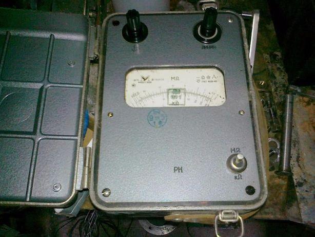 Мегаомметр М11021