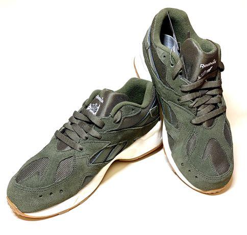 Новые замшевые кроссовки Reebok