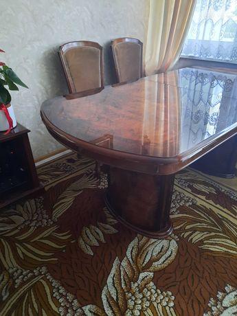Włoski drewniany stół wysoki połysk