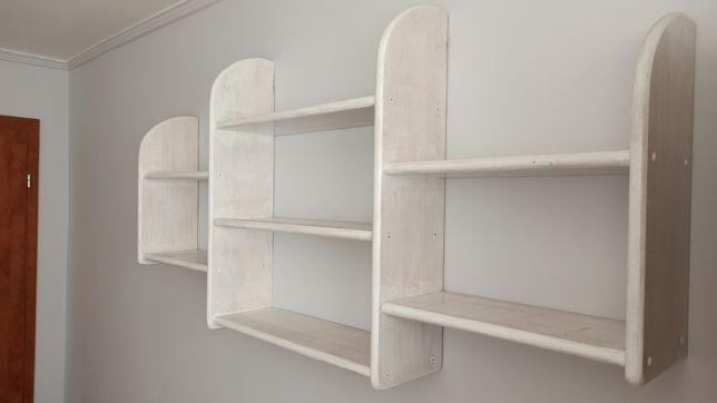 Solidna i duża drewniana półka