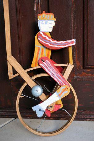 Brinquedo Tradicional de Madeira