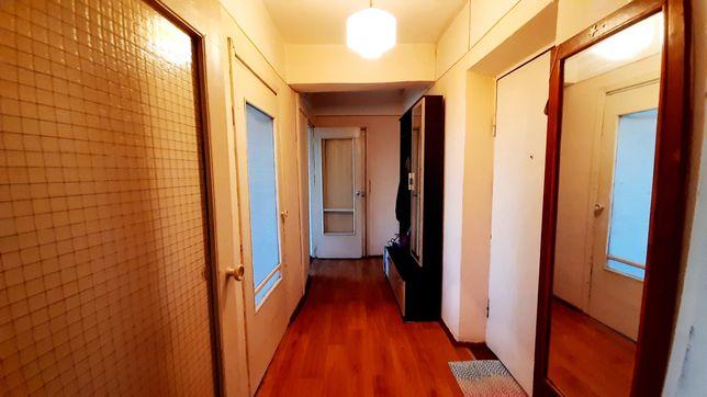 Здається 2-х кімнатна квартира на Комарова