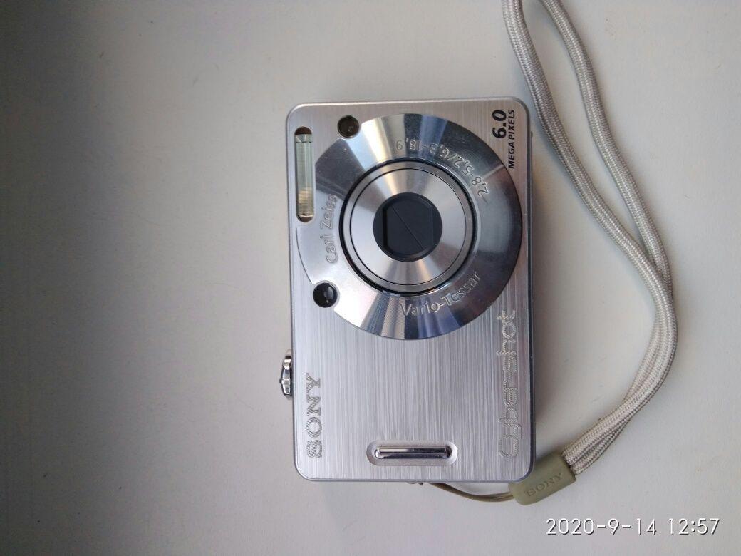 Продам фотоаппарат SONY DSC W50.