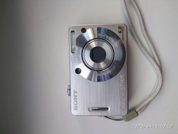 Продам фотоаппарат SONY DSC W50