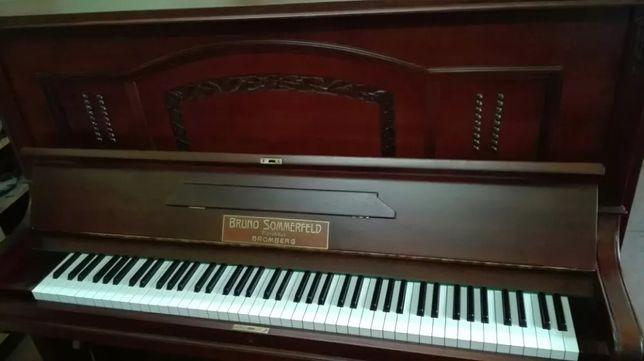 Strojenie kapitalne remonty transport pianin fortepianów akordeonów