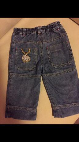 calças ganga marca Chicco (tamanho: 74)