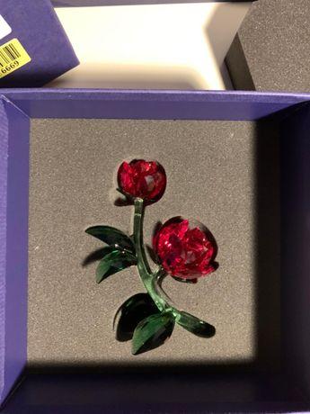 figurka Swarovski róża RED ROSE - uszkodzona