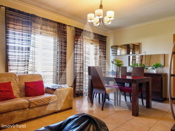 Apartamento T1+1 Duplex em Esgueira