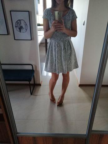 Sukienka dzianinowa Reserved M
