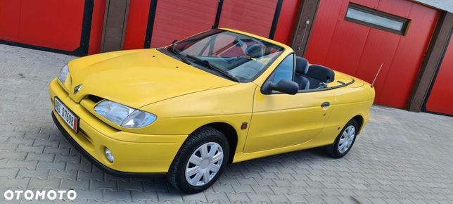 Renault Megane Niemiec 1.6 dla Konesera 94 tys km Żółta Cabrio Polecam