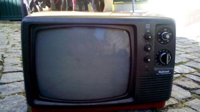 Vendo ou troco televisão