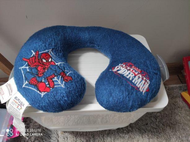 Zagłówek, rogal podróżny Spiderman