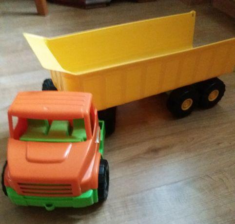 Duża ciężarówka Wader