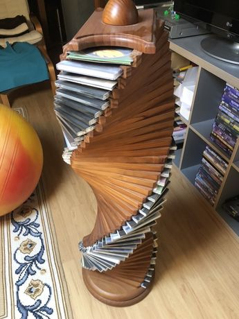 Movel para CDs em madeira