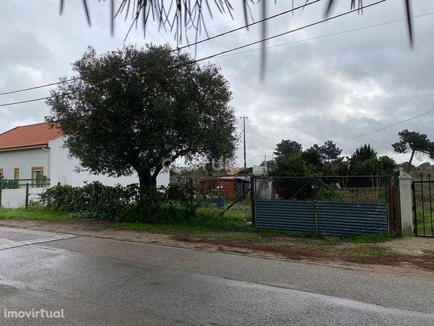 Terreno Urbano para construção imediata de moradia isolada - Moita