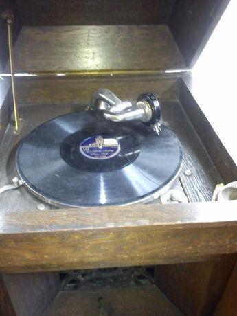 stary gramofon Odeon przedwojenny