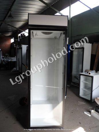 Холодильный шкаф/витрина для напитков Б/У. Холодильный шкаф стеклянный