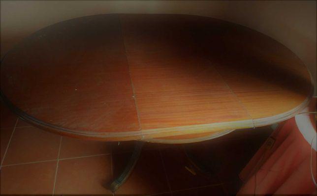 Conjunto de sala de jantar (mesa + cadeiras)