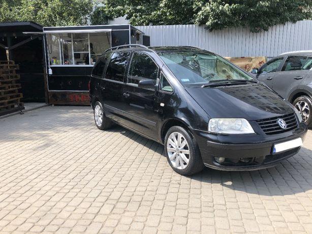 Продам 7-місний атомобіль Volkswagen Sharan сімейного використання