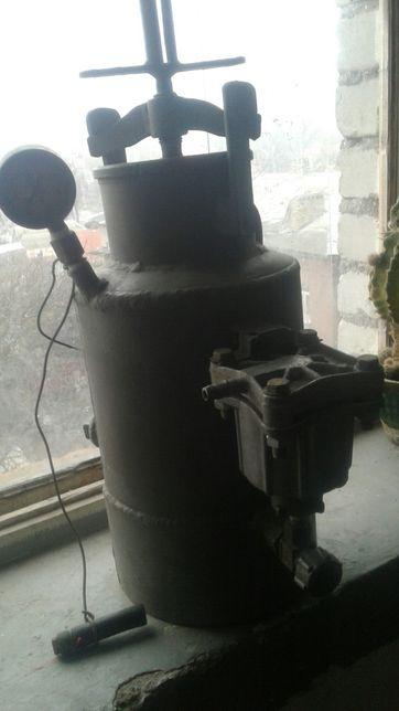 Газгольдер для газосварочных работ.