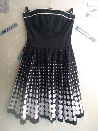 Sukienka pin up retro rozkloszowana groszki czarno biała