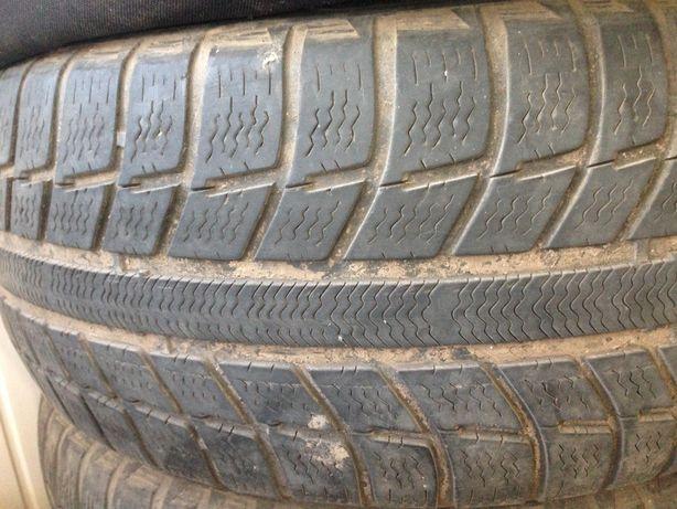 Продам шины зимние 255/55 R16