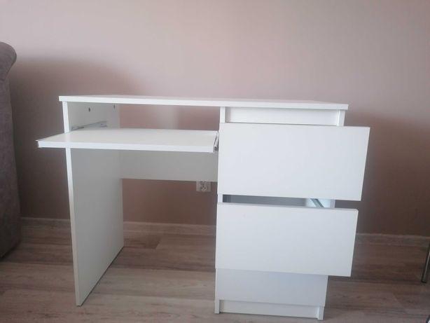 Sprzedam biurko białe.