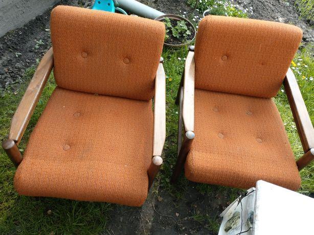 Fotele PRL stan dobry do renowacji.