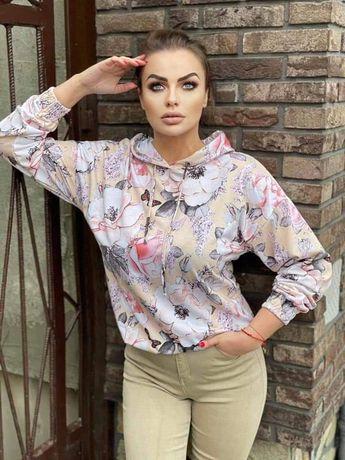 Bluza z motywem kwiatowym