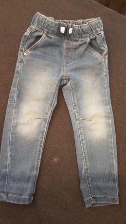 Spodnie chłopięce roz. 92 wiosna-lato 4 pary