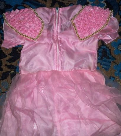 платье для утренника и школьная форма