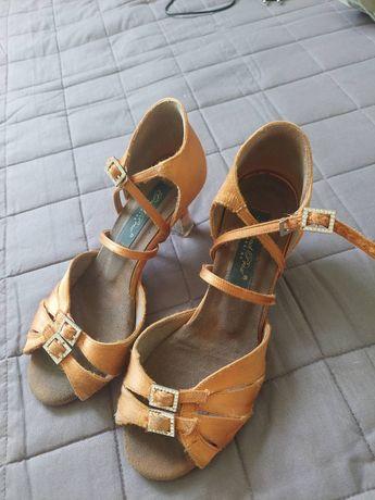 Туфлі для тренування