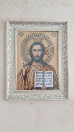 Икона Христа Спасителя картина вышитая бисером в рамке, ручная работа