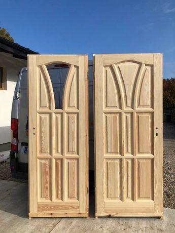 Drzwi drewniane od ręki sosna