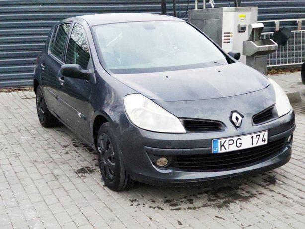 Renault Clio 2007  1 950$
