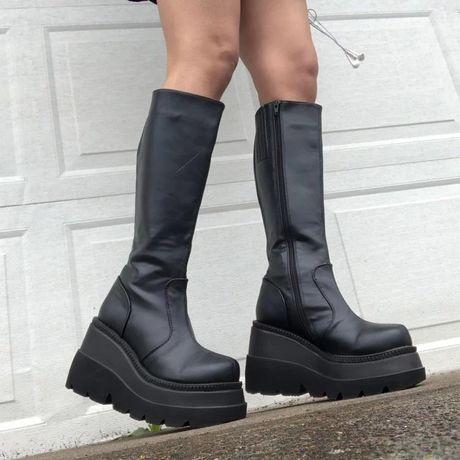 Брендовые женские ботинки на платформе сапоги на подошве